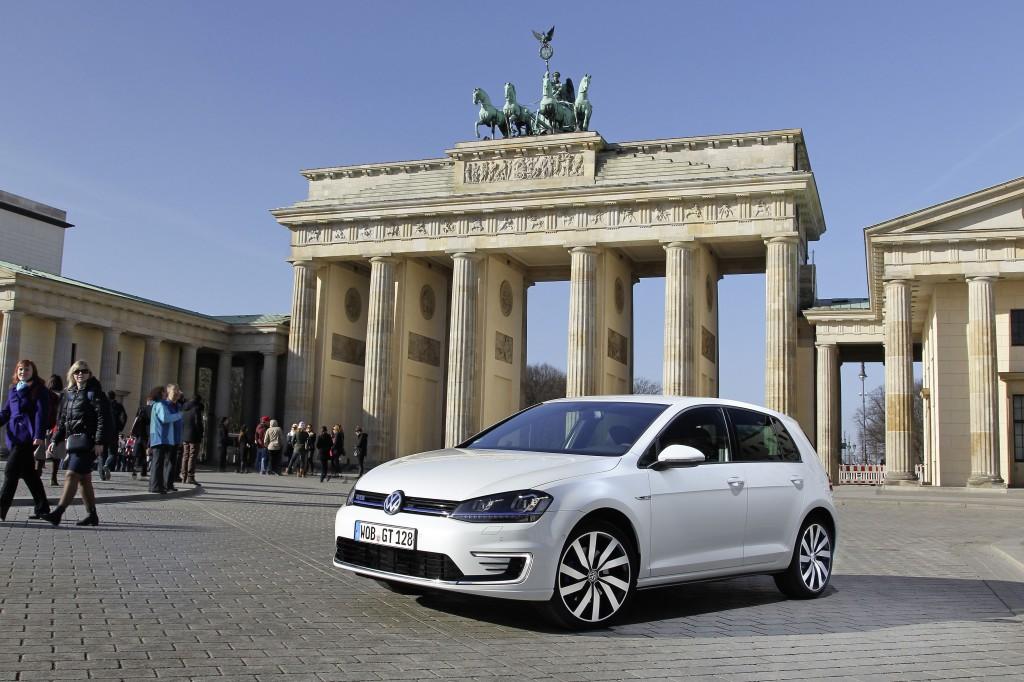 VW_Golf_GTE (4)